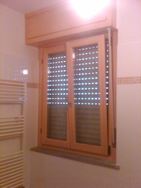 Falegnameria 88 infissi in legno infissi in alluminio porte blindate mobili su misura - Finestre monoblocco in legno ...